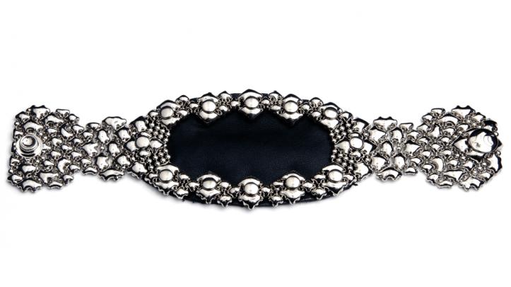 SG Liquid Metal bracelet-bt18 by Sergio Gutierrez